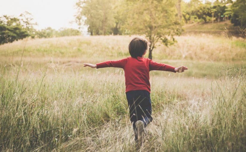 Derfor skal du tage dit barn med ud i naturen